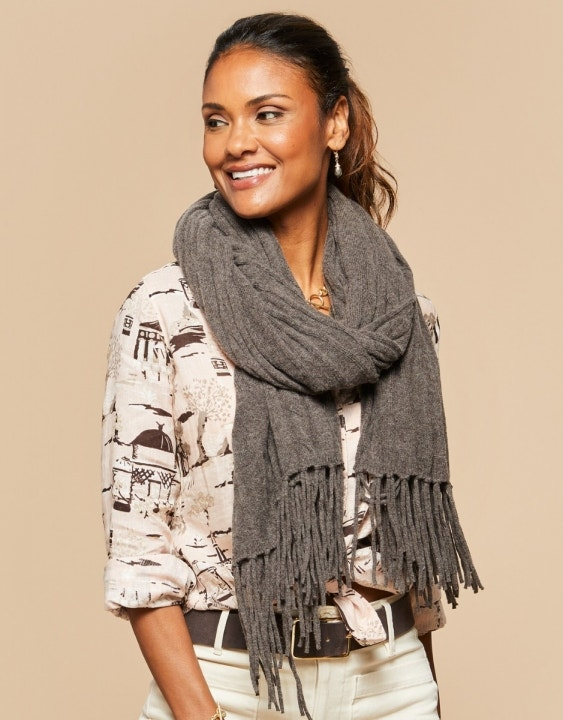 Oversized Cable Knit Scarf